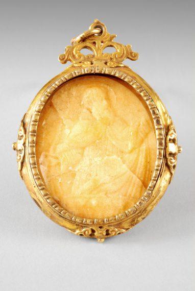 Médaillon,  XIXe siècle.